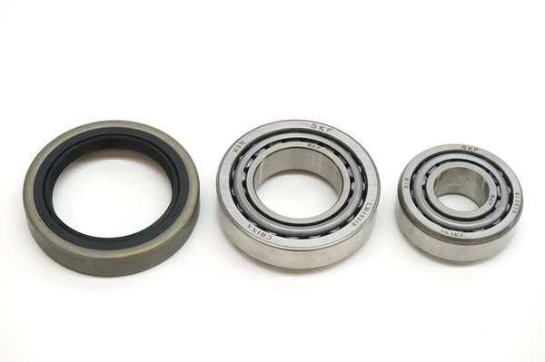 FRONT WHEEL BEARING SET 116   1980>